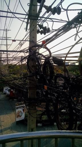 V Bangkoku byť elektrikár, tak si frajer!