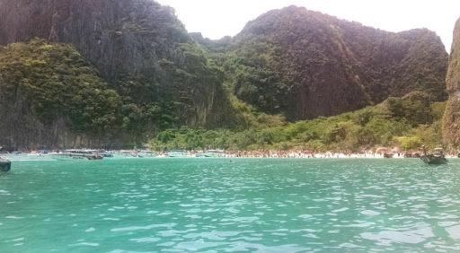 Maya Bay praskala vo švíkoch