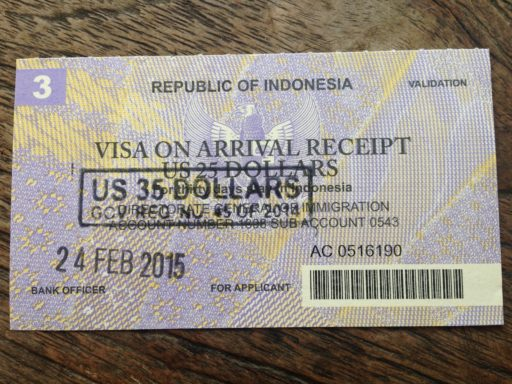 Bloček, ktorý obdržíte na letisku keď si za víza zaplatíte