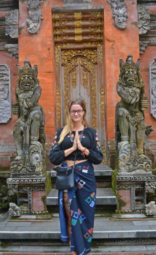 Chrám Tirta Empul za Ubudom je tak silno nábožensky nabité miesto, že Vás totálne pohltí :)